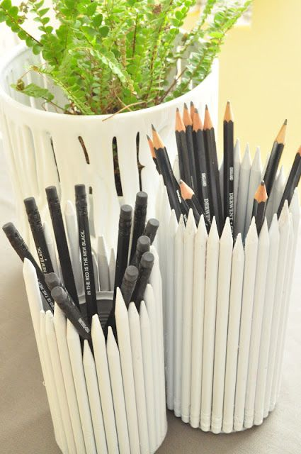 pencil holders made from painted pencils