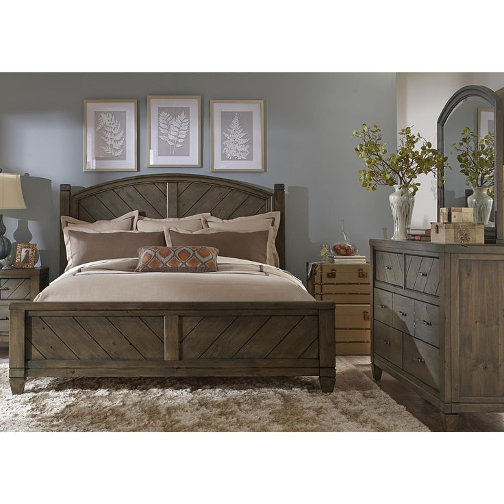 Really Cheap Furniture For Sale: Masculine Dark Varnished Oak Wood Queen Size Platform Bed