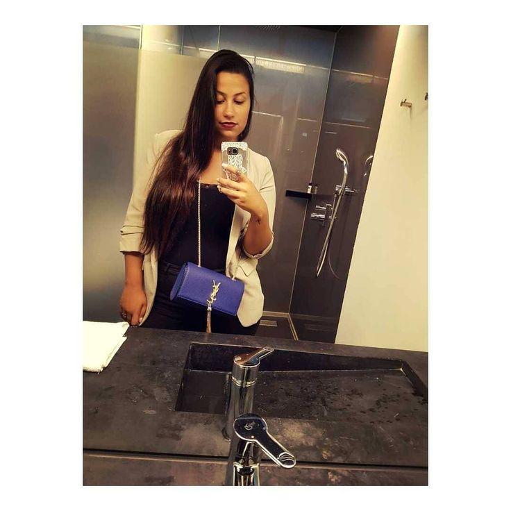 ������ #mirrorselfie#selfie#brunette#longhair#poftd#oftd#oftn#ysl#yslbag#hotel#weekendaway#getaway#holland#netherlands#leiden#zuidholland#brazilian#july#summerineurope#blazer#black#baige#lipstick#qotd#latina#weekend#goodvibes#goodtime#posing http://ameritrustshield.com/ipost/1549430884405413804/?code=BWAry4dAQes