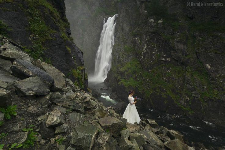 Oto co się dzieje, kiedy świetny fotograf krajobrazu zabiera się za zdjęcia ślubne