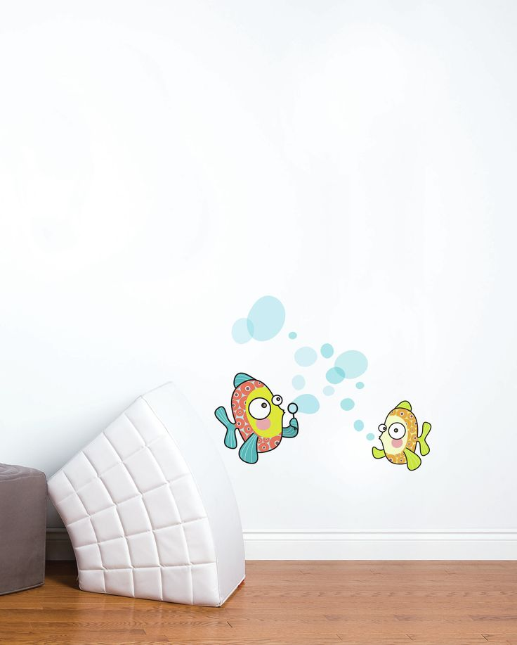 Ludo Bubble Fish Wall Decal