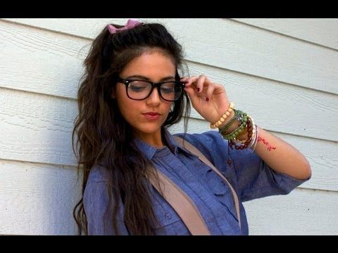 Cute & Sweet Nerd Halloween Tutorial! Vlogger is Bethany Mota. She is a teenage girl who loves to play around and experiment with clothing and makeup! You can subscribe to her here - http://www.youtube.com/user/Macbarbie07