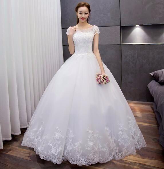 Numa fase de economia complicada, quando se pensa em casar, o jeito é pensar em vestidos de noiva baratos. Mas essa não é uma má idéia, pois existem modelo