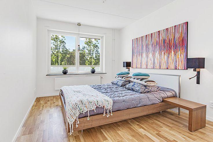 Sovrum i Bonums Brf Blå Blom, Gustavsberg, Värmdö.