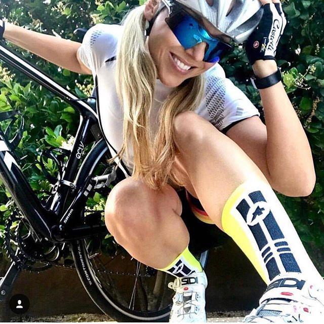Happy. #miamiridelife #ride #cycling #cycle #cyclist #sport #bicycle #miami #usa # fit #fitness #yoga #sport #gym #athlete #fitnessmotivation #girls #mrlbyrb #bicicleta #bike #girl #boy #велосипед #自行車 #fiets #velo #Fahrrad #bicicletta #sports
