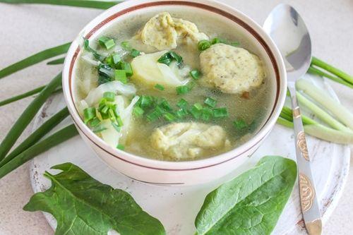 Овощной суп с клецками - сытно и полезно!
