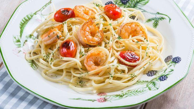 Espaguetis picantes con langostinos