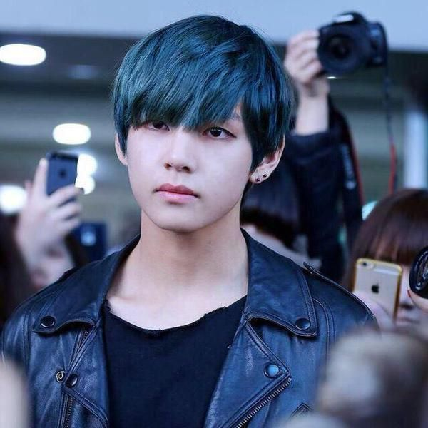 Best Bts V Black Hair Ideas On Pinterest Bts Taehyung - Bts v hairstyle tutorial