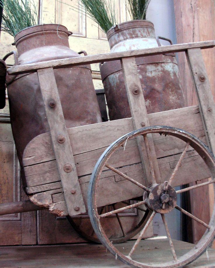 Lecheros y carreta, Antiguedades Carroza