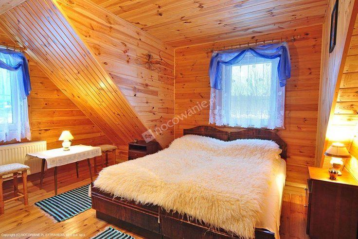 Domek przy Skansenie, na trasie do szlaku Dębów Królewskich. Więcej informacji na: http://www.nocowanie.pl/noclegi/bialowieza/domki/111742/ #podlasie #accommodation