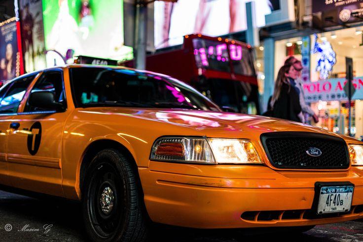 #newyork #taxi #timesquare #nightphotography #maximg_photography #streetphotography