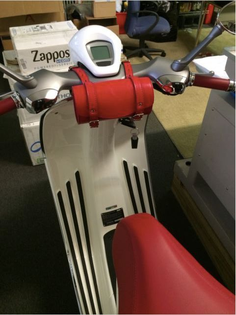 Leather Top Case Roll Tool Handlebar Bag Vespa Primavera LXV GTS GTV 946 Red #Handmade