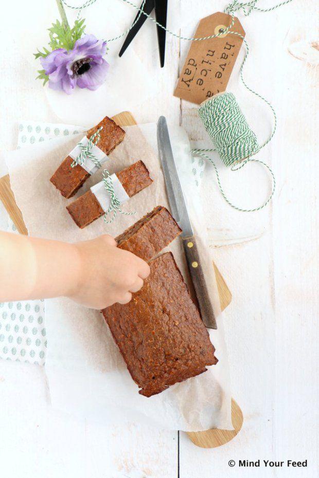 Ontbijtkoek met rozijnen - Mind Your Feed