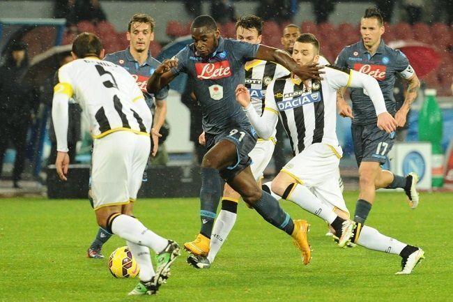 Sędzia piłkarski odgwizdał niesłusznie rzut karny • Puchar Włoch • SSC Napoli vs Udinese Calcio • Wejdź i zobacz błąd sędziego >>