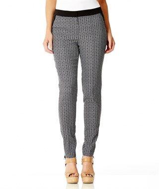 KATIES 7/8 SLIM GEO PRINT PANT Buy women's clothing online.