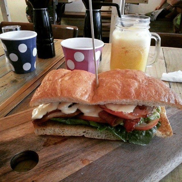 Breakfast @ Big Tree House Cafe,  Rydalmere