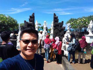 Wisata Religi Kristen Katholik Jogjakarta Yogyakarta & Jawa Tengah: Keindahan Pantai Eksotis Ngobaran dan Religiusitas...
