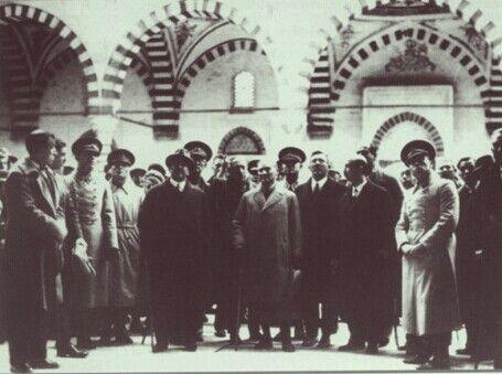 Mustafa Kemal Atatürk Edirne'de Selimiye Camii ziyaretinde... (25 Aralık 1930) #ataturk