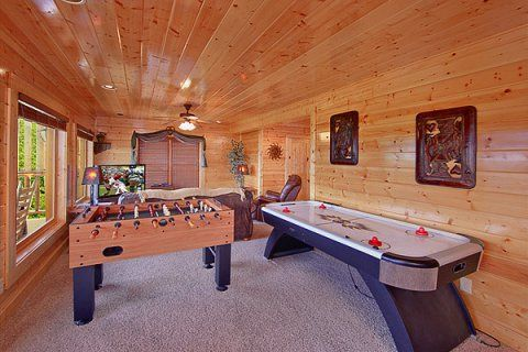 Mountain Pause Retreat -- The lower level has your games...let the fun begin!! Enjoy a game of pool on the full size pool table, foosball or play a game of air hockey.
