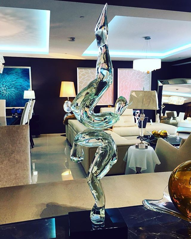 Murano Glass sculptures are divine ✨ come and see our range at our #sydneyshowroom open 7 days a week!! #Venetian #muranoglass #handcut #handmade #madeinitaly #original #sovereigninteriors #sydney @sovereigninteriors  #interiors #deluxe #design #instaluxury #instainteriors #interiorhome #interiordesign #sydneyblogger #sydneyhome #luxury #luxuryhome #luxurylifestyle  #Italianmade #italianstyle #italiandesign # #modern #modernhome #interiorsydney #luxuryblogger #luxurylife