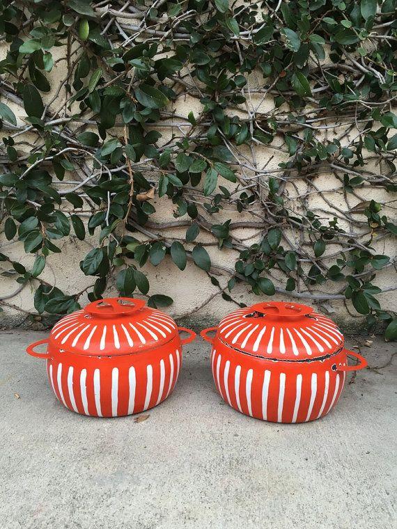 Vintage Enamel Pot Mid century Mod Cookware Vintage Enamelware Vintage Orange Enamel Dutch Oven Pot Enamel Dutch Oven pot Colourware Pot