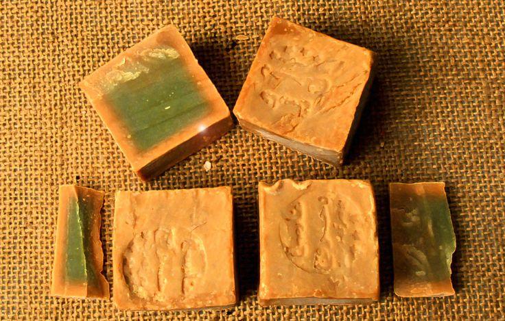 10 St original Alepposeife, Olivenöl/ Lorbeer, Seife ca. 2000 g. Aleppo, Syrien.
