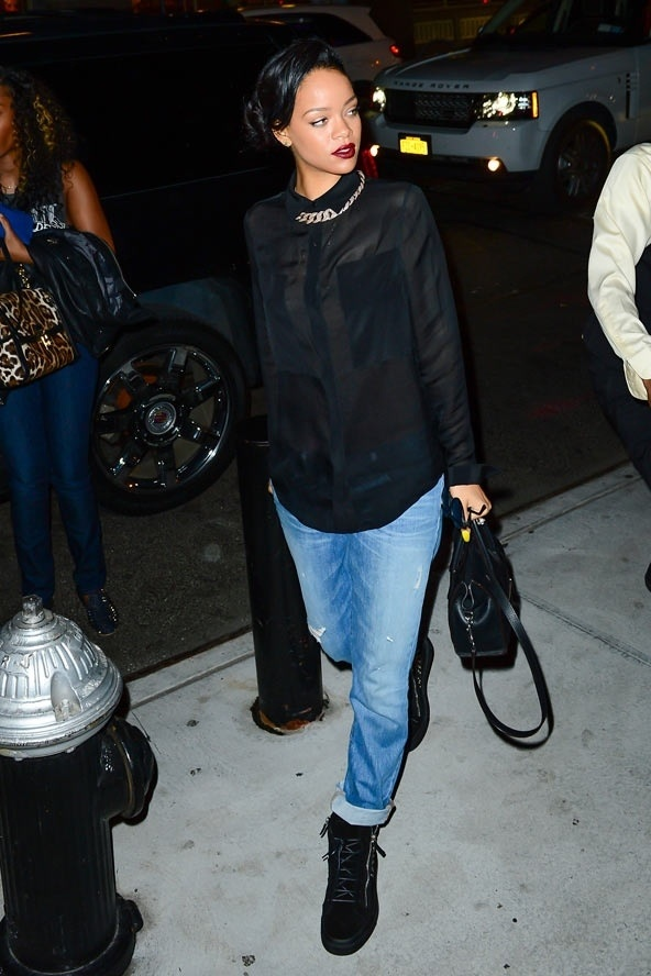 exceptional rihanna street outfits