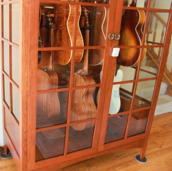 Guitar display case or cabinet that is Humidity controlled - Acoustic Saver - Photo Gallery