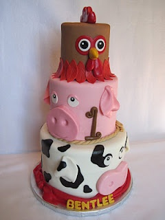 Farm Animals Cake ~ so darn cute!