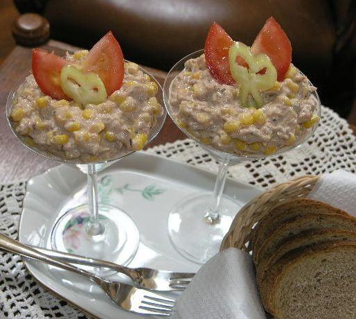Tento vynikajúci šalát  robievam na raňajky - príprava trvá naozaj chvíľku. Za tú chvíľku dúfam a sn...
