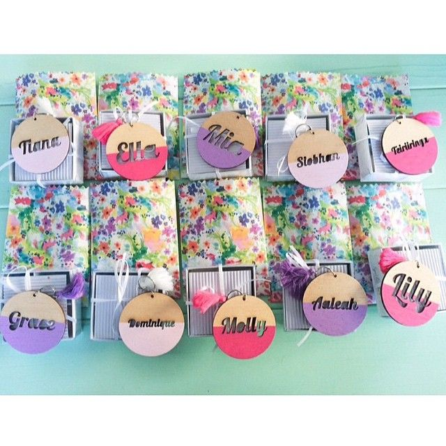 Friday, I'm in love. Check out the treats each little girl will take home tomorrow after celebrating Mia's birthday which include a @_zilvi bag tag with their name. @a_little_stylish, you're one clever Mama. #zilvi #bagtag #daycarebag #nappybag #schoolbag #kidsparty #partyfavour