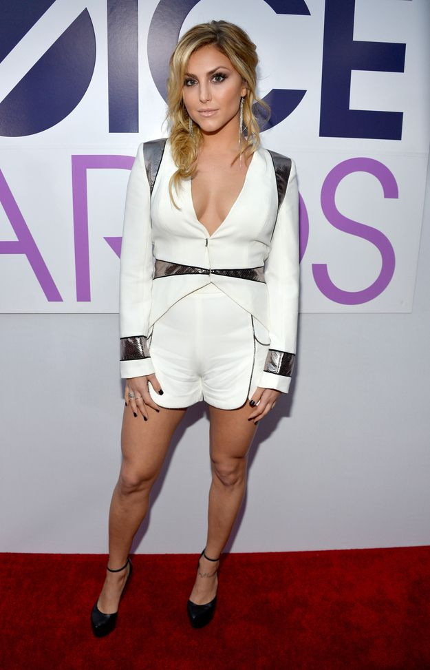 Cassie Scerbo | Fashion At The 2014 People's Choice Awards