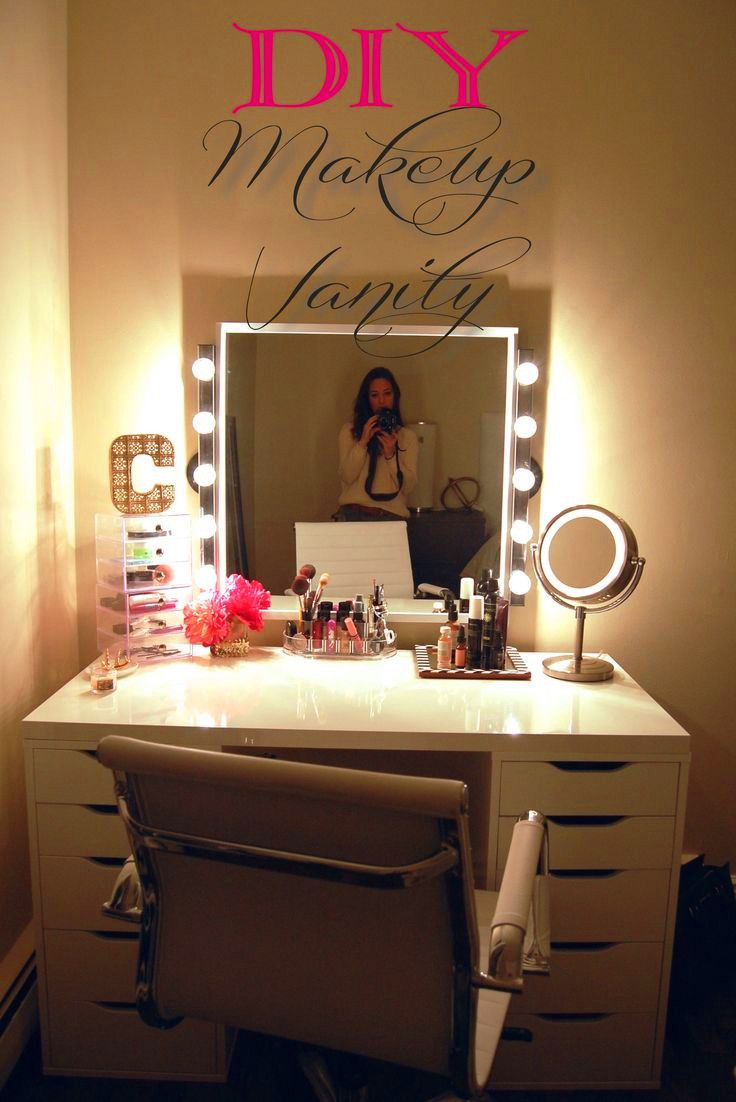 An awesome DIY Makeup Vanity  Made2Style. 17 Best images about DIY Vanity Area on Pinterest   Vanity area