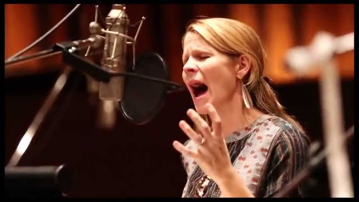 """Exclusive! Watch Kelli O'Hara Sing the Stunning 'Almost Real' from """"The Bridges of Madison County"""" - Can't believe this closed already *sob*"""
