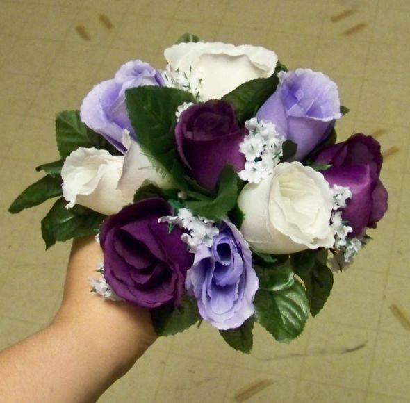 18 best images about flower ideas on pinterest bride for Can you get purple roses