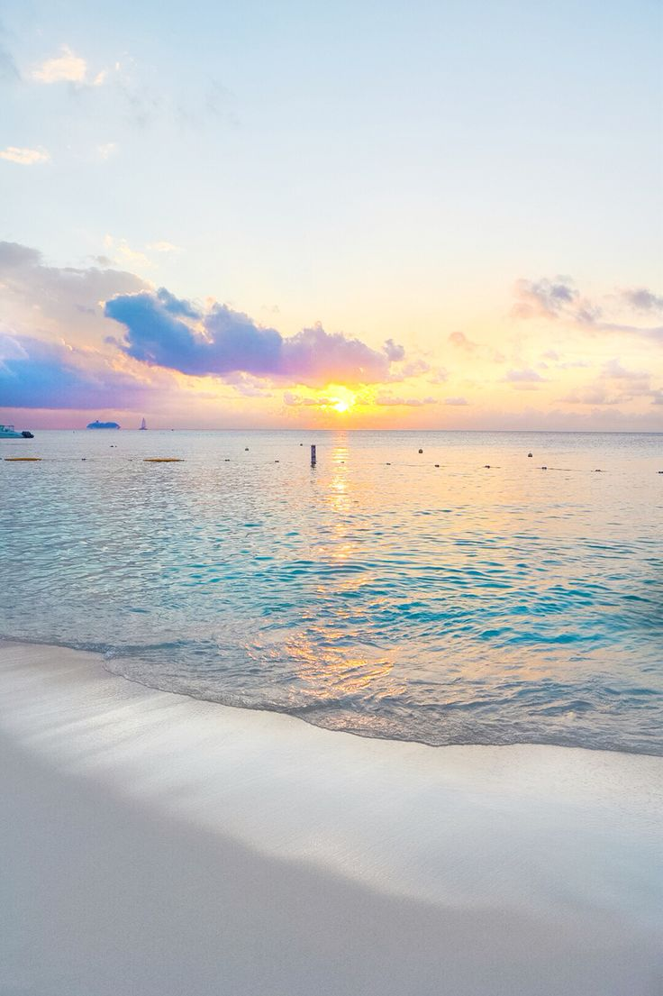 Sunset on Seven Mile Beach, Grand Cayman