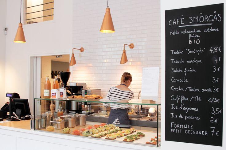 Café Smörgås 11, rue du Château-d'Eau, 10e Le café de la boutique La Trésorerie propose des tartines (les fameuses smörgås) comme on les a...