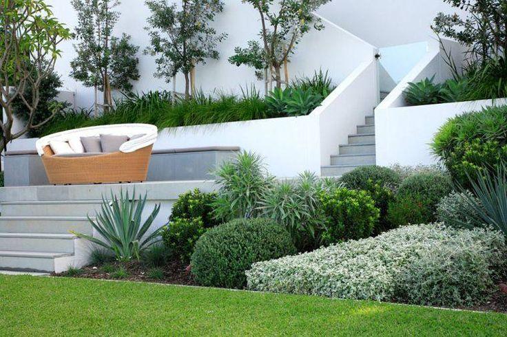 85 best Aménagement Jardin en pente images on Pinterest Sloped