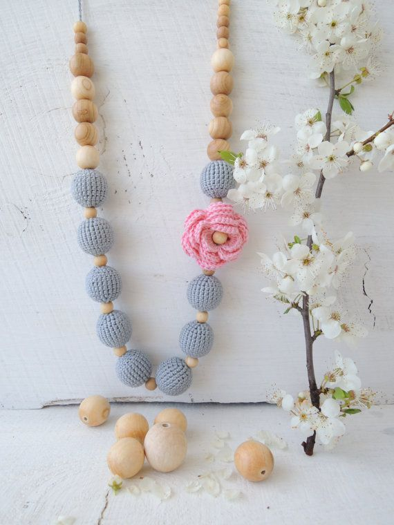 Breastfeeding necklace Teething necklace Nursing necklace Wooden teether baby Organic teething toy Gift idea trendy mom Shower gift baby