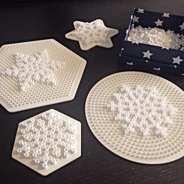 Snowflake hama beads by bymettes