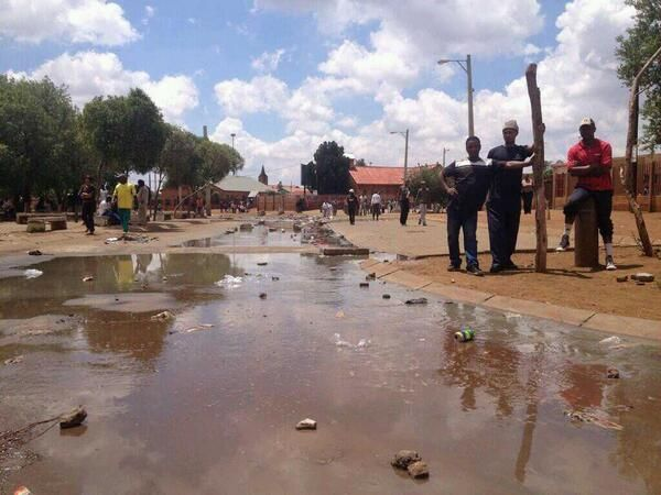 #Bekkersdal protests | This is the sewer that the people of BEKKERSDAL has been exposed to for the past 15 years. Photo: tshepo msecho @tshepo2go