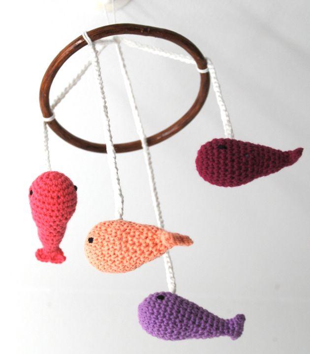 Häkelmobile Wale // crochet mobile Wales