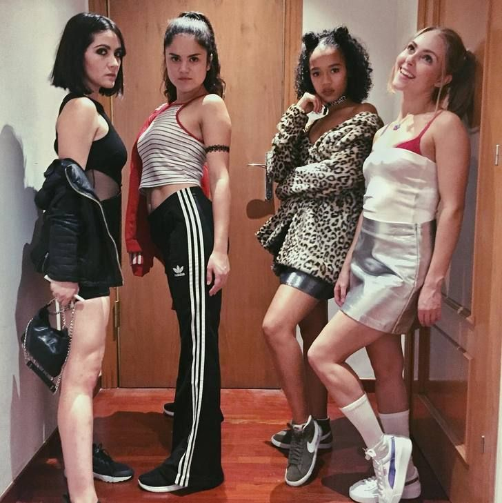 Isabelle Fuhrman, Victoria Moroles, Taylor Russell and AnnaSophia Robb (Spice Girls costume Halloween 2016 in Barcelona)