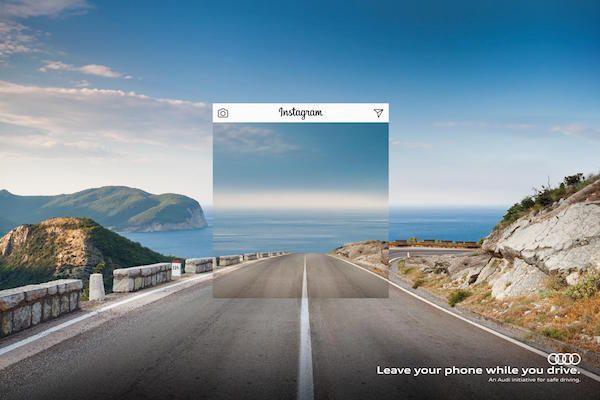 """運転中にスマホを使うと""""あなたの視界""""はこうなります…   AdGang"""