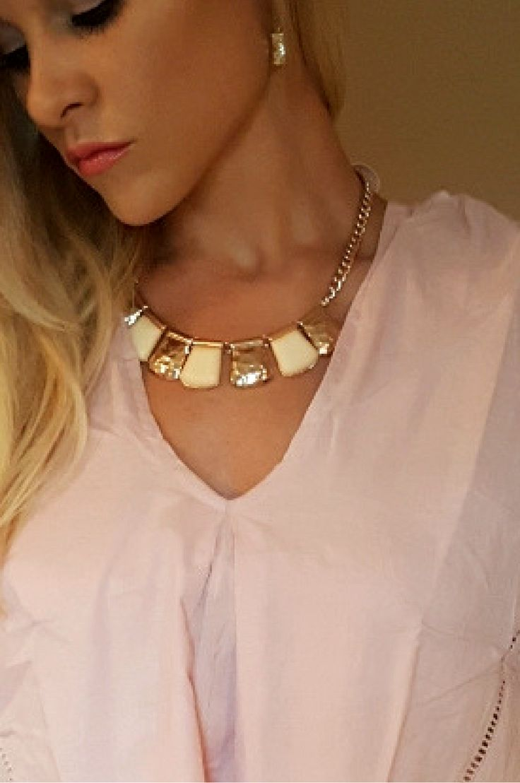geometric;coral;Mint;white;cream;ivory;natural;stone;earth;nude;;;necklace;stones;stone;;statement; statement necklace;statement jewelry;infinity;braid;braided;link;ver;chrome;coral;Mint;white;cream;ivory;natural;stone;earth;nude;;;shine;shiny;shiney;shiny;choke;;chunk;chunky;necklace;necklaces;jewelry;accessory;accessories;