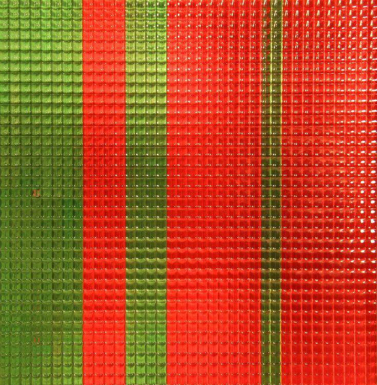 Rocco Borella,   artprice    Genova - dal 22 novembre al 23 dicembre 2014 L'arte rigenerata di Rocco Borella (1920-1994)  Quantità ottica fluorescenti, 1964, tecnica mista ottico cinetica (vetro stampato e colori fluorescenti su legno), 72x72