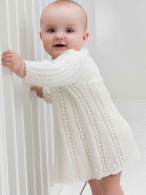 White baby dress, Free knitting pattern//Oh, I wish I had a little girl to make this for...so cute