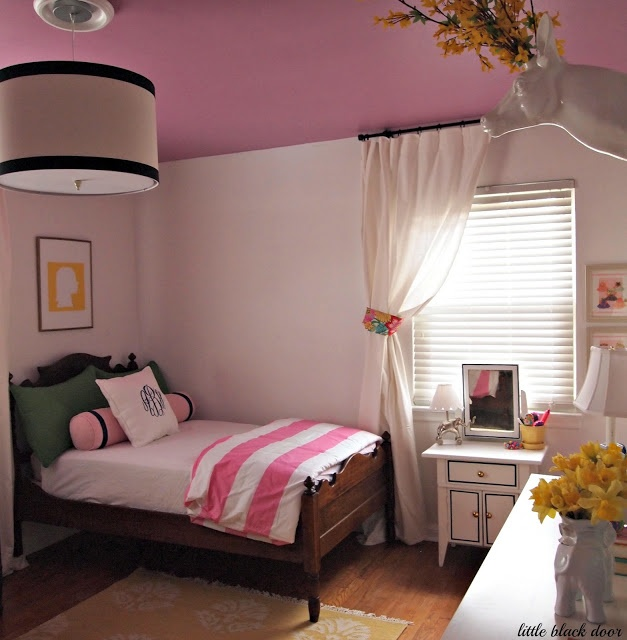 i like this pillow arrangement for a smaller bed (the little black door: one room challenge - the reveal)