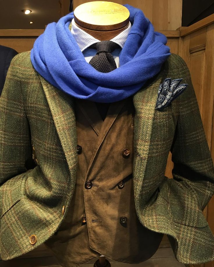 #Gabo Jacket, #Eleventy Gilet, #Altea Cravate, #Barba Shirt, #Vuesurmer Cashmere Sweater, #Altea Pochette ! #Montulet