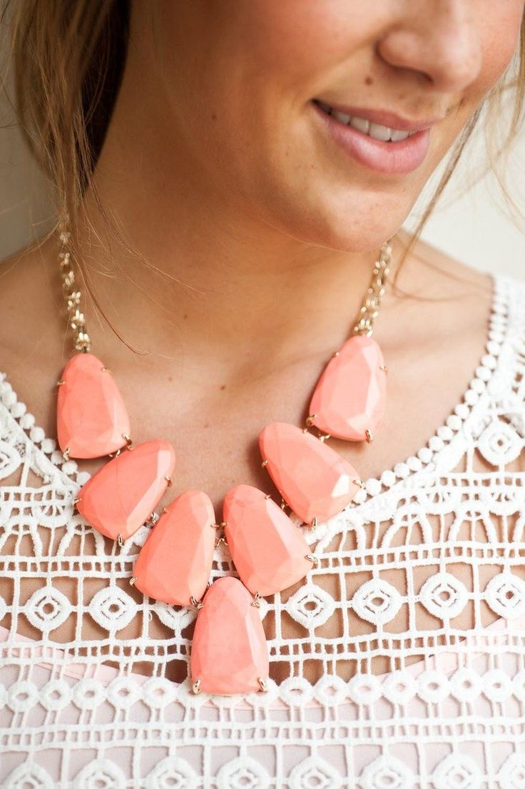 Chunky Kendra Scott #necklace, #jewelry   Photography: Suzi Q - qweddings.com  View entire slideshow: http://www.stylemepretty.com/2014/04/10/smp-jewelry-moments-that-shine/